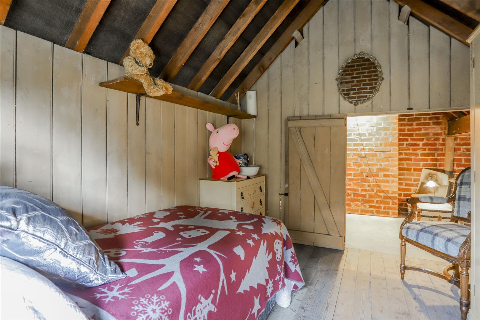 3 Bedroom Detached House For Sale - 11.JPG